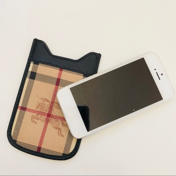 brand new 17aad 304b1 Burberry iPhone 5s Case